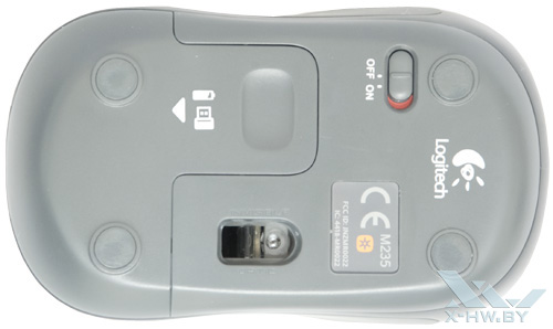Logitech Wireless M235. Вид снизу