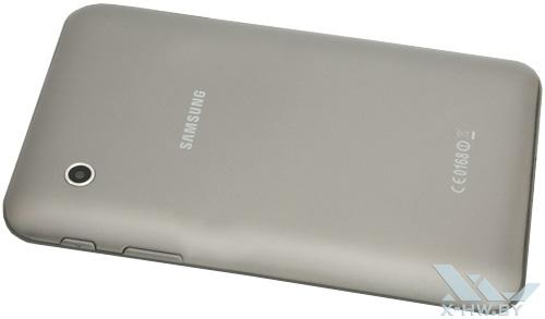 Samsung Galaxy Tab 2 7.0. Вид сзади