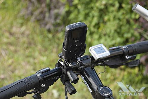 AdvoCam-HD1 на велосипеде. Рис. 1