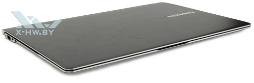 Samsung 900X3C. Общий вид спереди