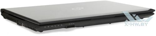 Fujitsu LIFEBOOK NH532. Вид спереди