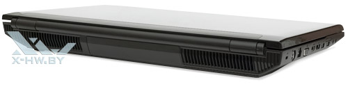 Samsung Gamer 700G7A. Вид сзади