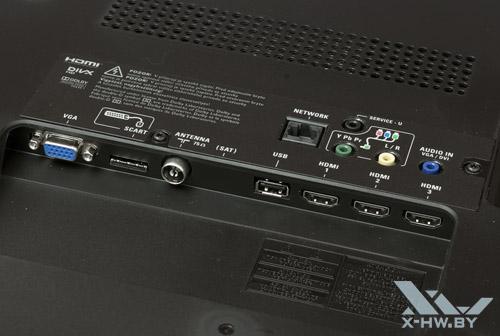 Разъемы Philips 46PFL8007T снизу