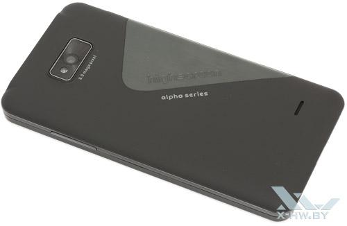 Highscreen Alpha GTR. Вид сзади