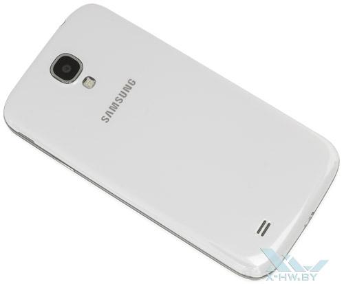 Samsung Galaxy S4. Вид сзади