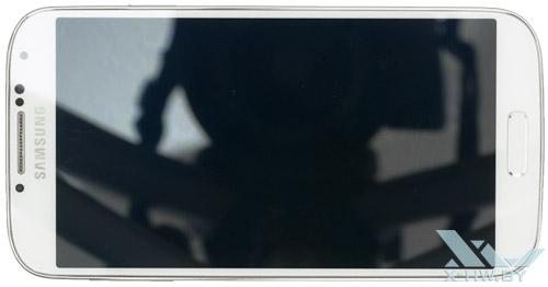 Samsung Galaxy S4. Вид сверху