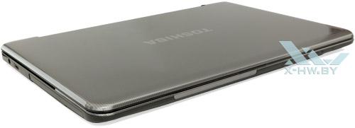 Toshiba Satellite L950D-DBS. Вид спереди