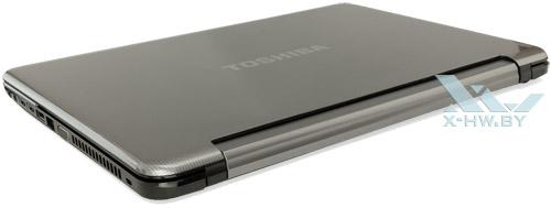 Toshiba Satellite L950D-DBS. Вид сзади