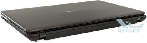 Acer Aspire E1-531G. Вид сзади