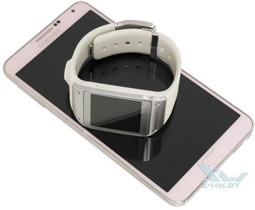Samsung Galaxy Gear на Samsung Galaxy Note 3