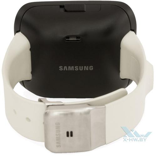 Разъем microUSB на кейсе для Samsung Galaxy Gear