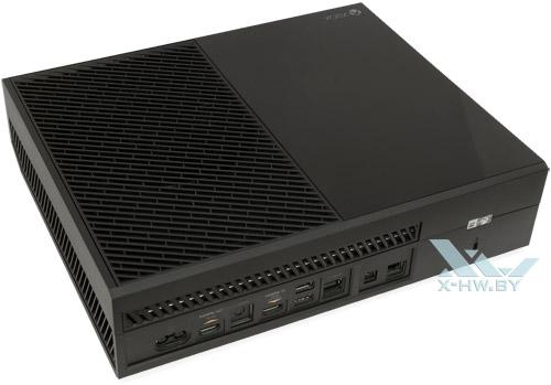 Microsoft Xbox One. Вид сзади