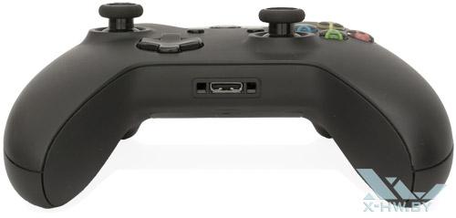 Джойстик Microsoft Xbox One. Вид сзади