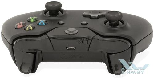 Microsoft Xbox One. Вид спереди