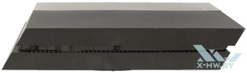 Правый торец Sony PlayStation 4