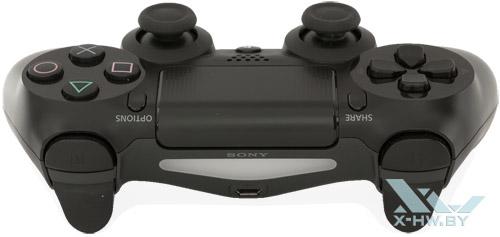 Передний торец геймпада Sony PlayStation 4