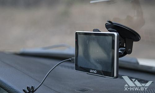 Lexand STA-7.0 в автомобиле. Рис. 1