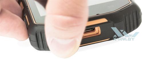 Заглушка на USB на Senseit R390