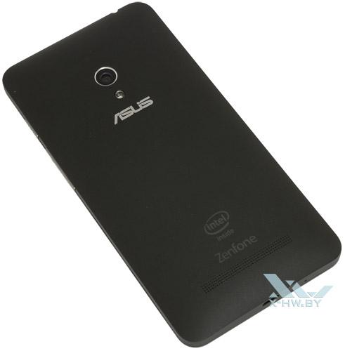 ASUS Zenfone 5. Вид сзади