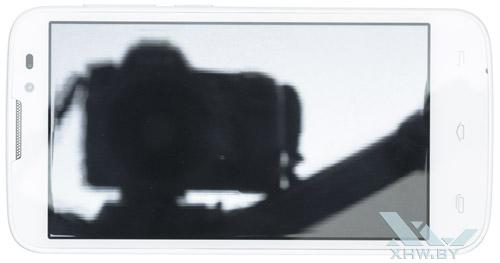 Prestigio MultiPhone 5517 DUO. Вид сверху