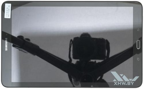 Samsung Galaxy Tab E. Вид сверху