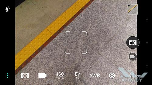 Приложение камеры на HTC One M9. Рис. 1