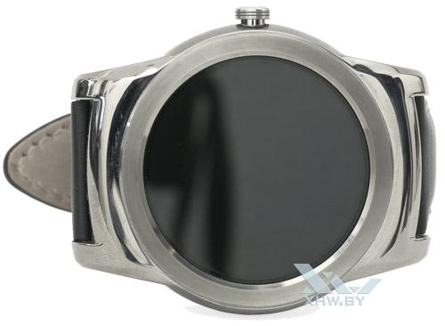 LG Watch Urbane. Вид спереди