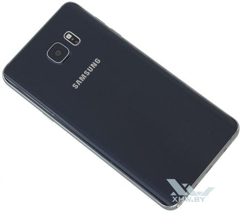 Samsung Galaxy Note 5. Вид сзади