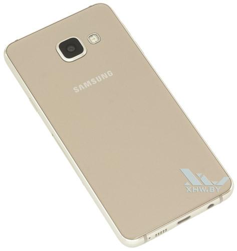 Samsung Galaxy A3 (2016). Вид сзади