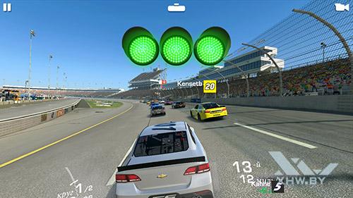 Игра Real Racing 3 на Huawei Mate 8