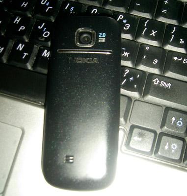 Поврежденный Nokia 2700 classic. Рис. 6