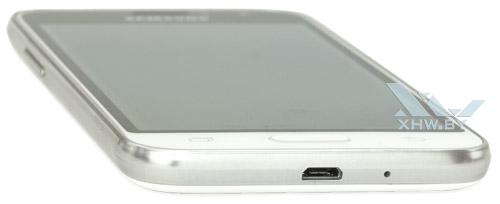 Нижний торец Samsung Galaxy J1 (2016)