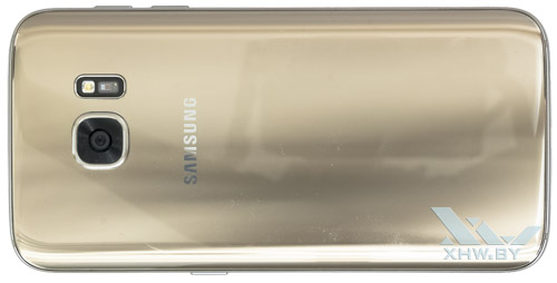 Samsung Galaxy S7. Вид сзади