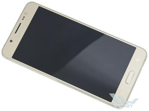 Общий вид Samsung Galaxy J5 (2016)