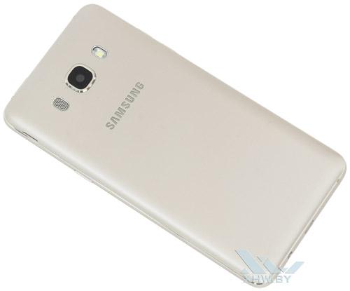 Samsung Galaxy J5 (2016). Вид сзади