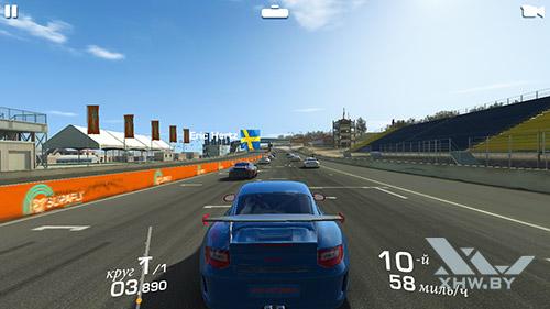 Игра Real Racing 3 на Samsung Galaxy J5 (2016)