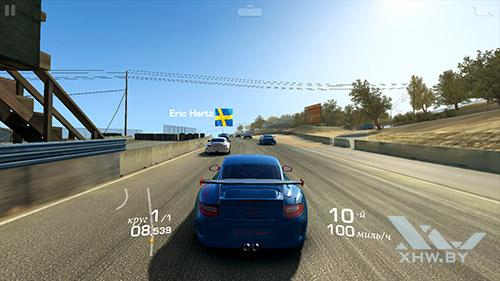 Игра Real Racing 3 на Huawei P9