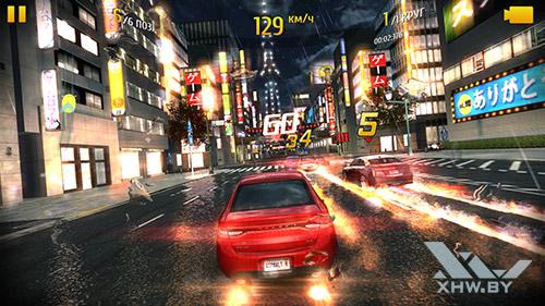 Игра Asphalt 8 на Moto G4