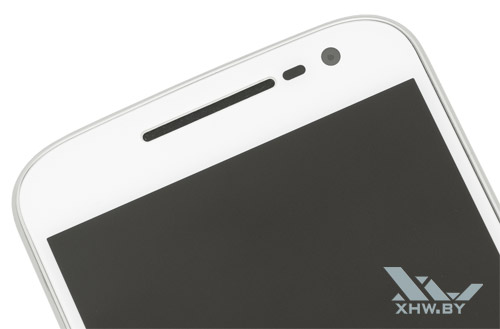 Motorola Moto G4. Разговорный динамик и фронтальная камера