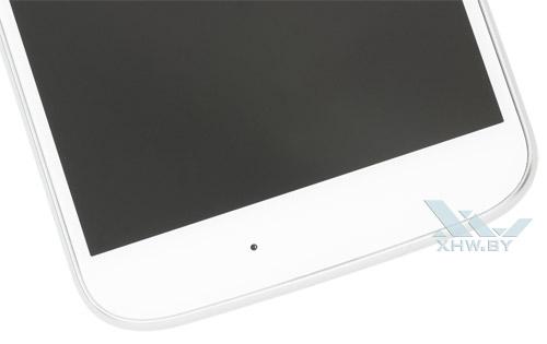 Motorola Moto G4. Вид нижней части лицевой панели