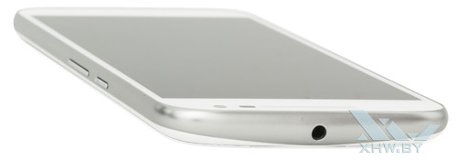 Motorola Moto G4. Верхний торец смартфона