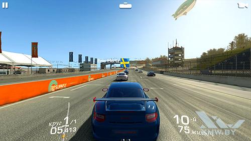Игра Real Racing 3 на Moto G4