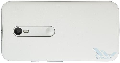 Motorola Moto G (3rd). Вид сзади