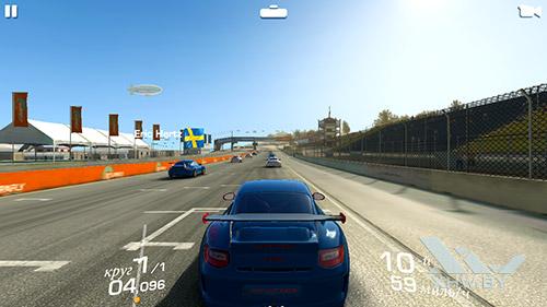 Игра Real Racing 3 на BQ Strike Selfie