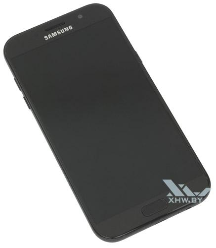 Общий вид Samsung Galaxy A7 (2017)