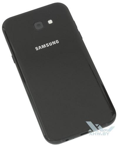 Samsung Galaxy A7 (2017). Вид сзади