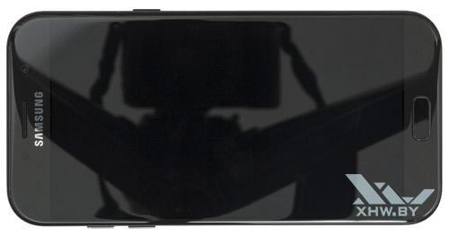 Samsung Galaxy A7 (2017). Вид сверху