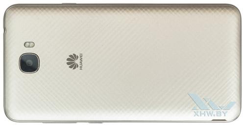 Huawei Y6 II Compact. Вид сзади