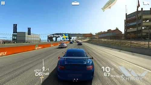 Игра Real Racing 3 на Senseit E510