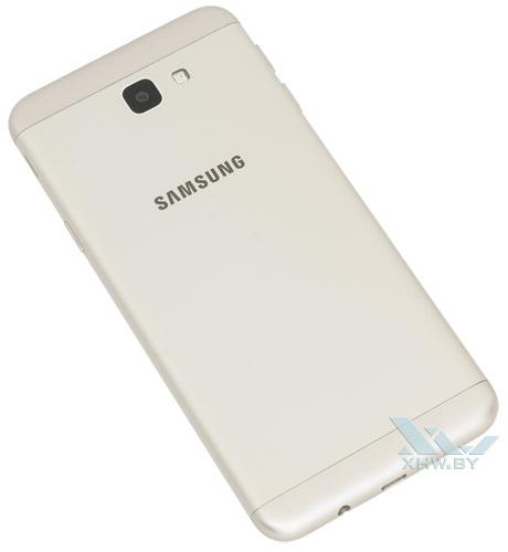 Samsung Galaxy J5 Prime. Вид сзади